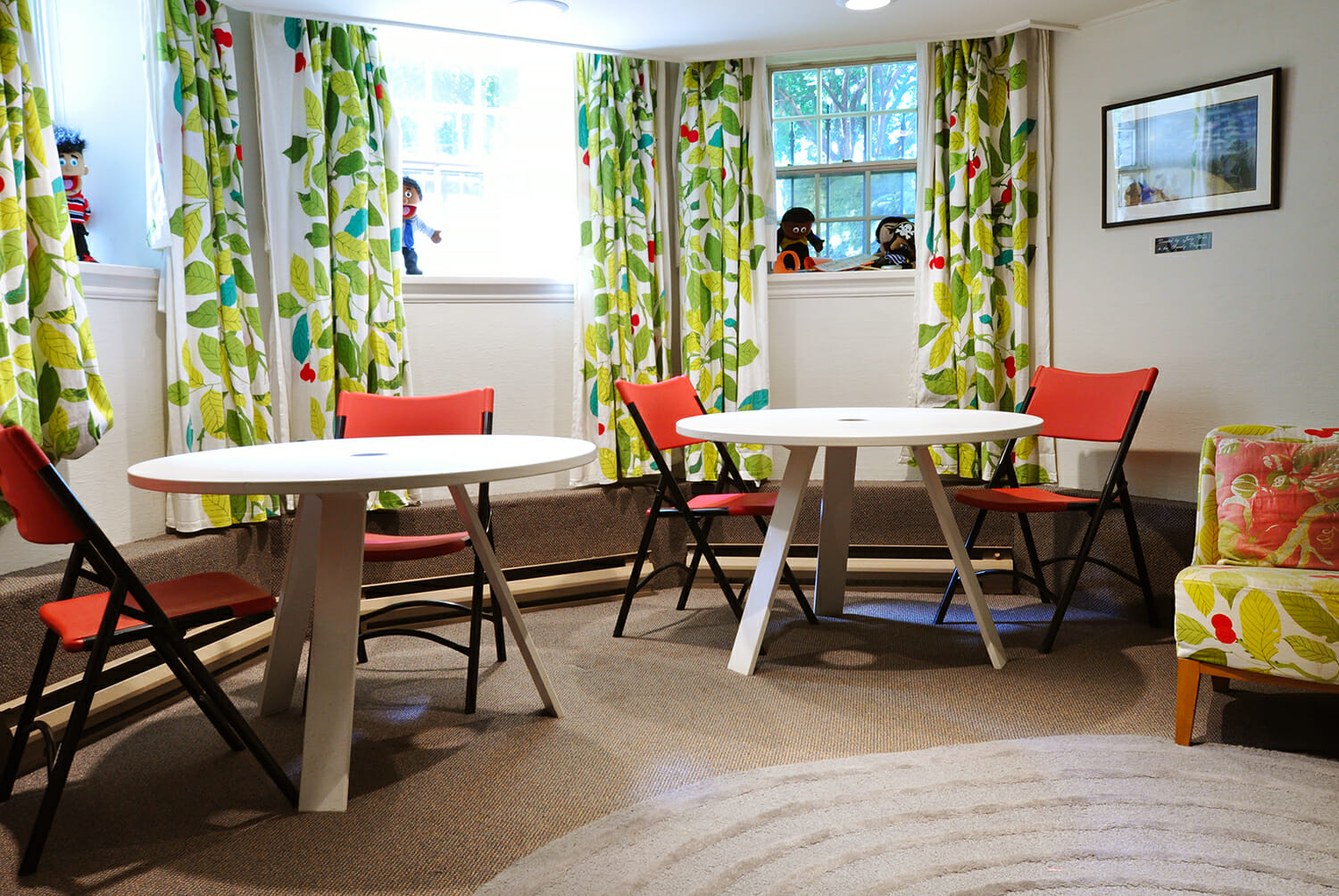 Tables and chairs at Wright Centre Family Care room.